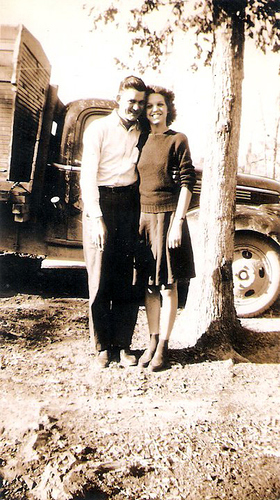 162-Great-Aunt Evelyn Moffett and Newman Ford