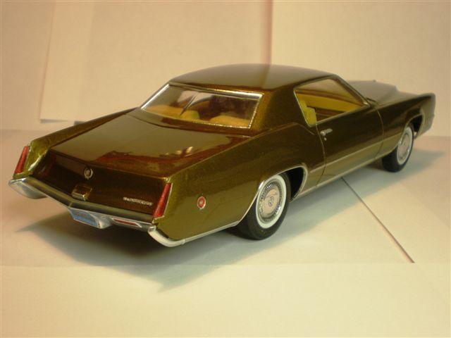 Cadillac Eldorado 1970 FINI  (photos d'extérieur ) 1141-vi