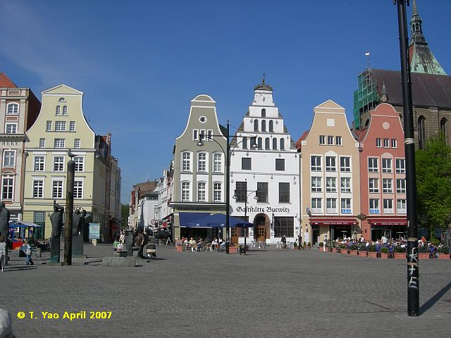 Rostock Germany  city pictures gallery : HeinBloed's Cruise Guides: Rostock, Germany