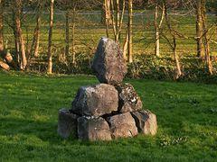 Steinblockhaufen mit Inschriften