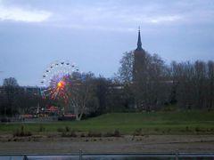 Riesenrad und Dreikönigskirche