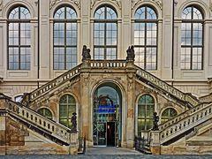 Eingang Verkehrsmuseum Dresden