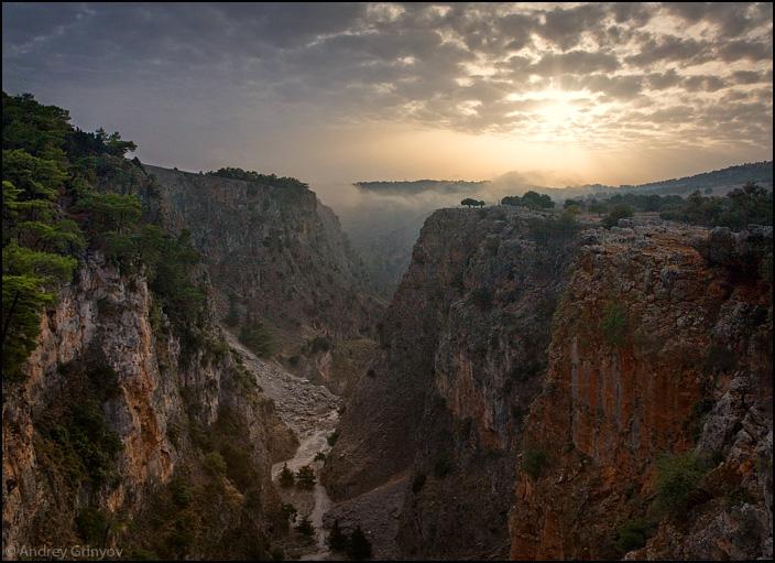 http://images43.fotki.com/v1384/photos/8/880231/6263582/002-vi.jpg
