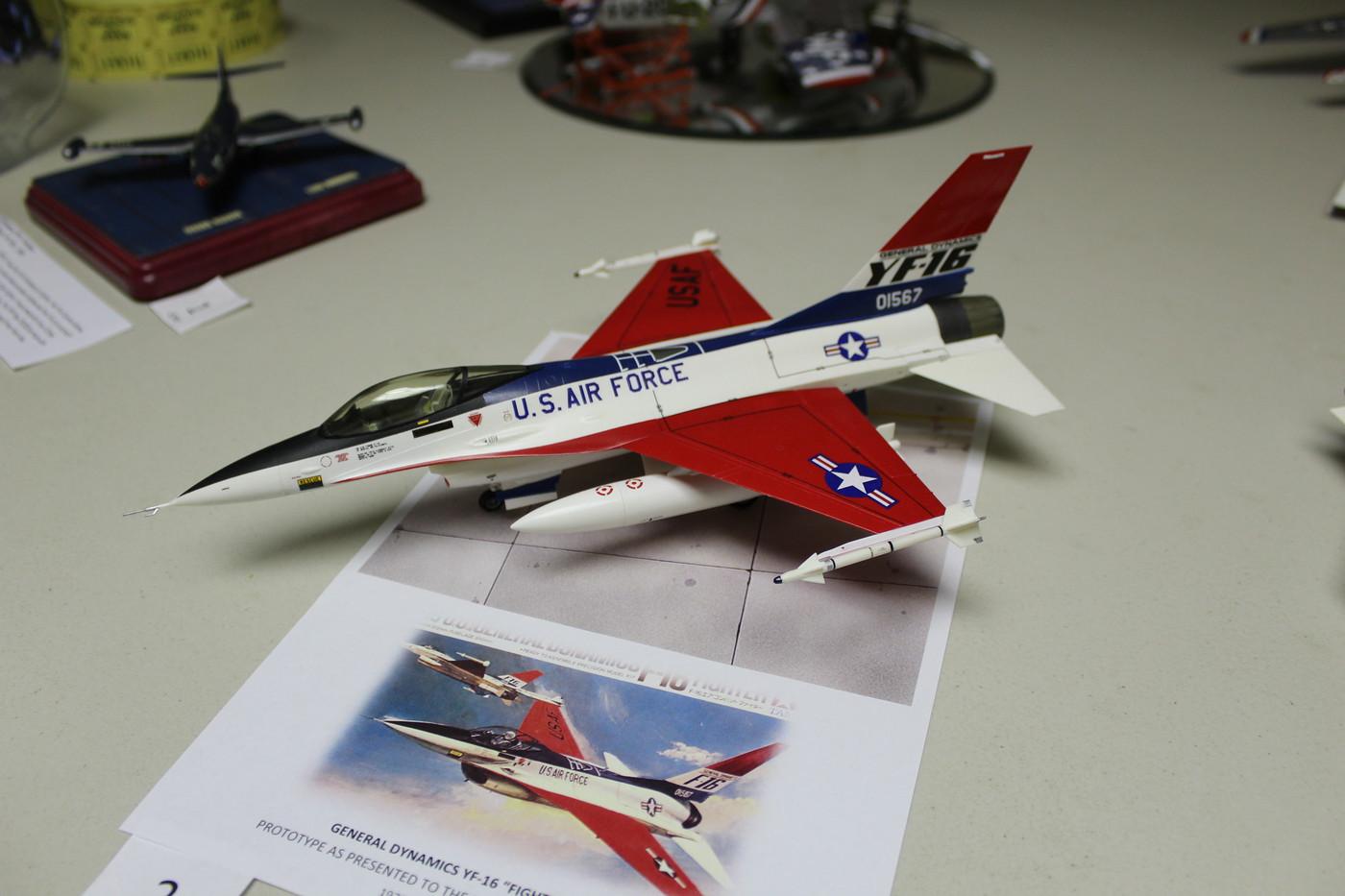 2-YF-16 Fighting Falcon MTurco 3